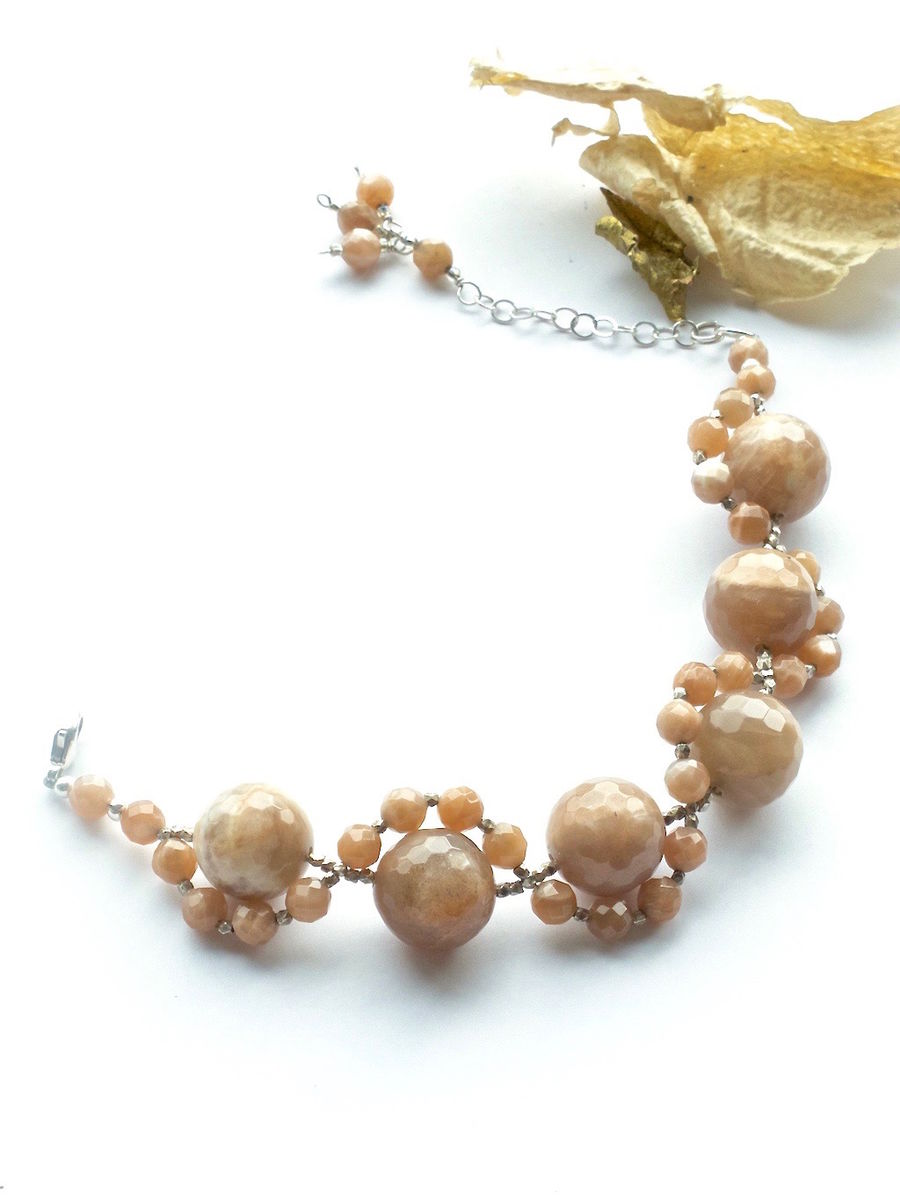 Bracelet made of Sunstones and Hilltrive Silver Beads  - product image