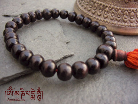 Rosewood,Wrist,Mala,purified,&,blessed,mala,Jewelry,Bracelet,Beaded,japa_mala_bead,hindu,buddhist_mala,meditation,yoga,zen,prayer_beads,worry_beads,yoga_jewelry,red_sandalwood,rosewood,reiki,sandal wood beads,holy thread,mantras,pure intention