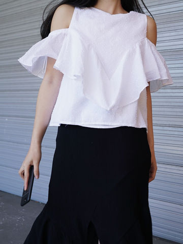 White,Ruffle,Top,top, white top, cold shoulder top, cut out top,