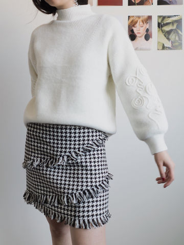 White,Knit,knit, white, knit, embroidery knit, balloon shaped sleeve