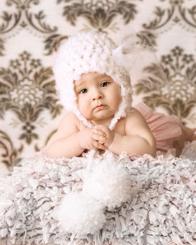 Newborn Photo Prop, Crochet Baby Hat - product image