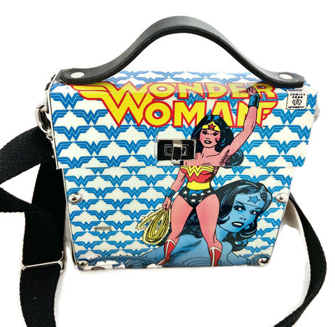 Comic,Book,Upcycle,Bag,featuring,Wonder,Woman,Comic Book Upcycle, Comic Book Reuse, Wonder Woman fashion, Unique Wonder Woman, Wonder Woman Collectible