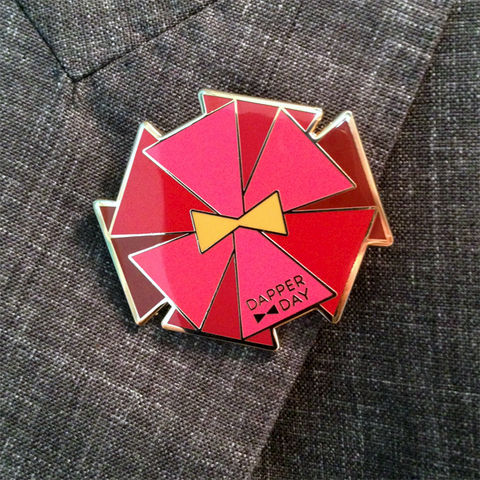 DAPPER,DAY,Bow,Tie,Flower,Lapel,Pin,,Red