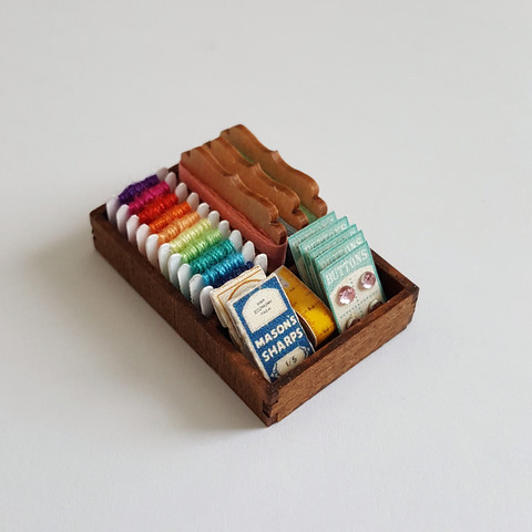 Kit,to,make,a,miniature,Haberdashery,Display,miniature_kit,kit,diy_kit,dollshouse,dollhouse,dollshouse_miniature_kit,mariella_vitale,muffa_miniatures