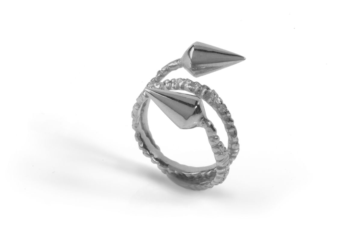 Double Spike Ring