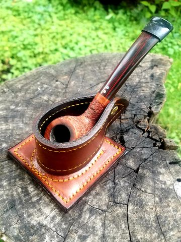 Mountable,Pipe,Rest,pipe rest, pipe tobacco, pipe holder, pipe pouch, tobacco pipe