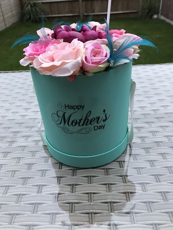 Tiffany Flower Hat Box  - product images  of