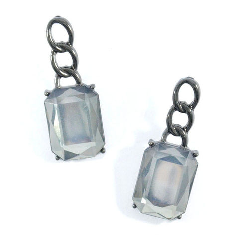 CHAIN,WITH,POLYGONAL,CRYSTAL,EARRINGS