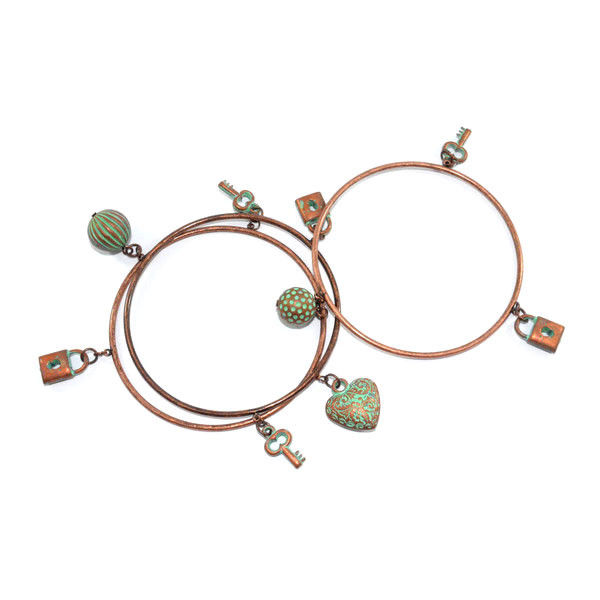 BRONZE MULTI PENDANT BRACELET SET - product image