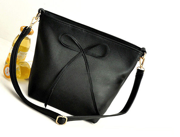 BOW DECORATION MESSENGER BAG - product image