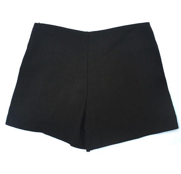 BLACK PLEATED SHORTS - product image