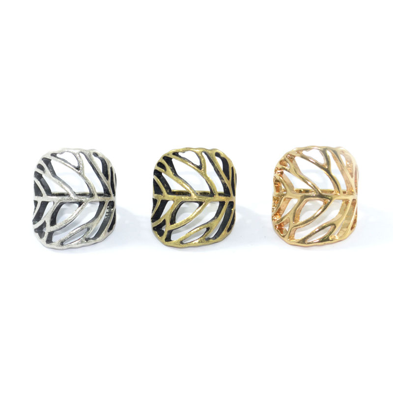 HOLLOW CURVE LEAF RING - product image