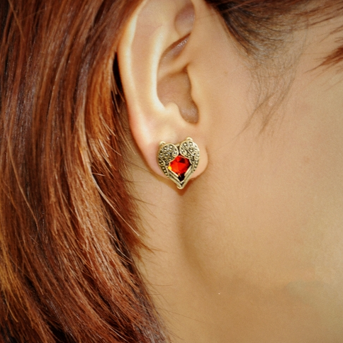 HEART WITH WINGS EARRING - product image