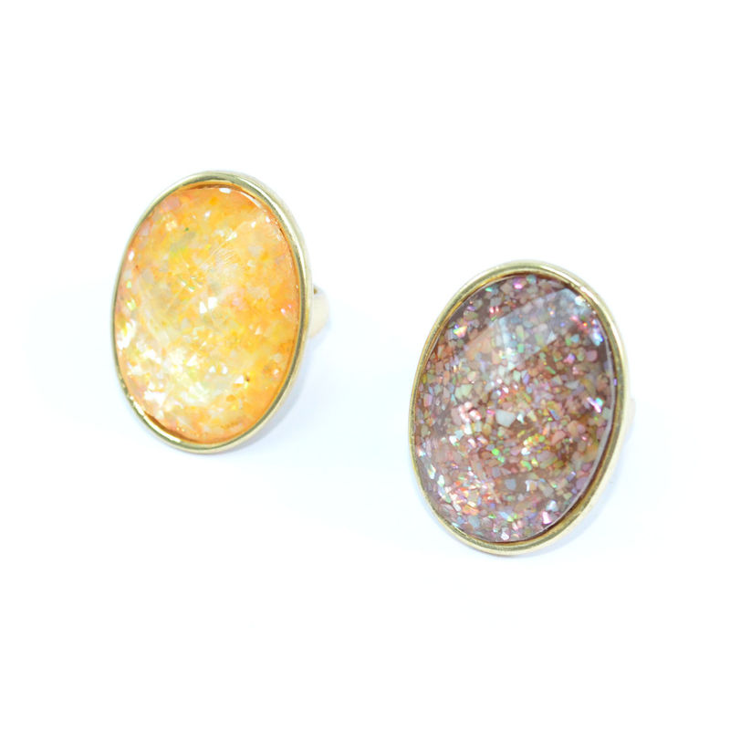 GOLD TONE EDGE WITH SPRINKLE CRYSTAL RING - product image