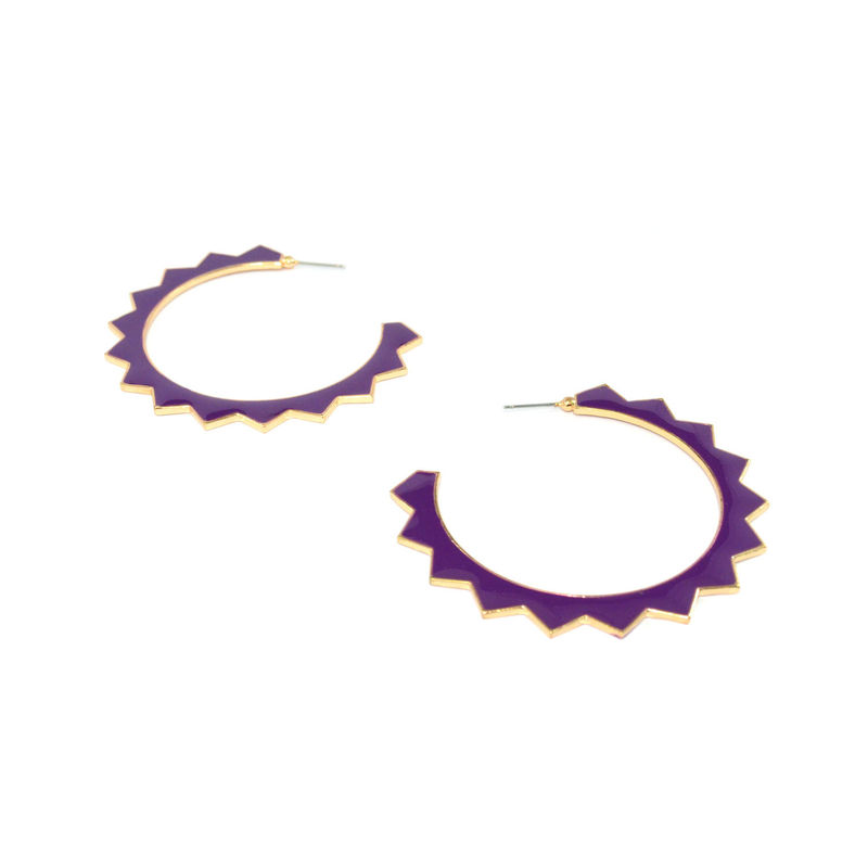GOLD TONE EDGE WITH SHINNY PURPLE GEAR EARRINGS - product image