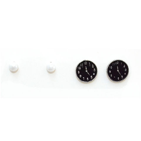 FAUX,CLOCK,AND,PEARL,EARRINGS,SET