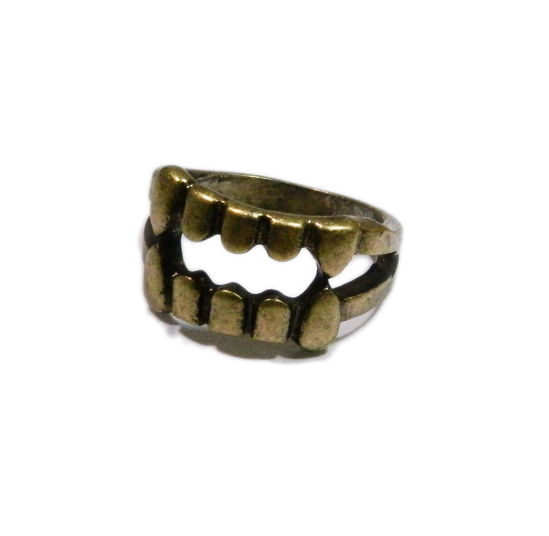 FANGS RING - product image
