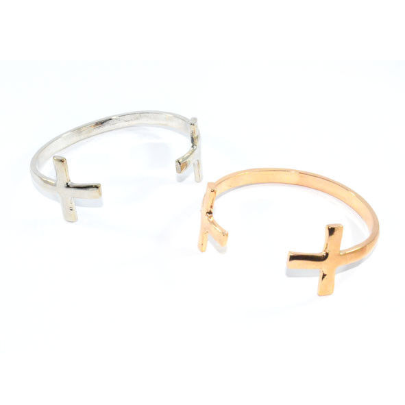 DOUBLE CROSS BANGLE - product image
