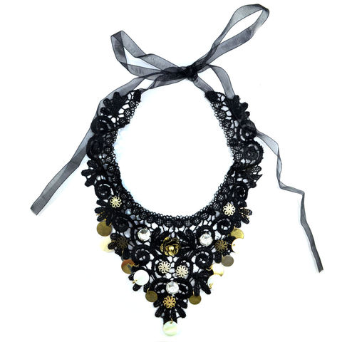 CRYSTALS,AND,FLOWERS,LACE,COLLAR,NECKLACE