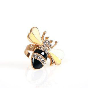 CRYSTAL,BEE,RING
