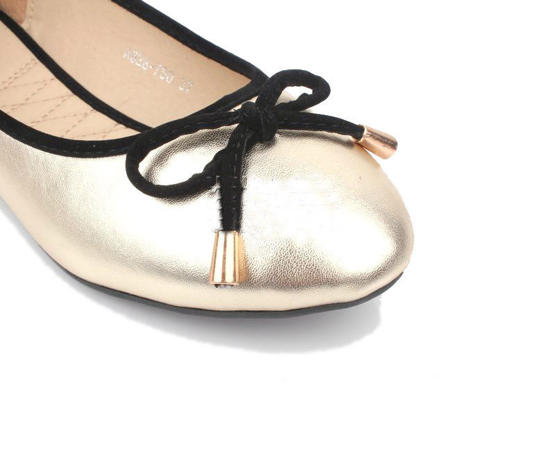 SHINY LITTLE BOW FLATS - product image