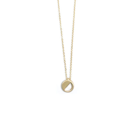 SEMI,HOLLOW,CIRCLE,PENDANT,NECKLACE