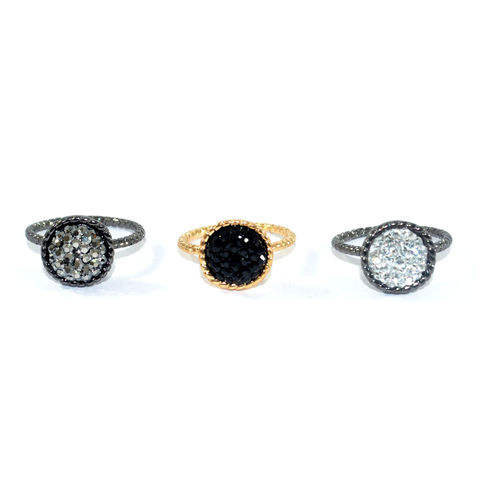 ROUND,CRYSTALS,RING