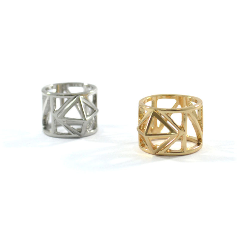 PYRAMID METAL WIRE RING - product image
