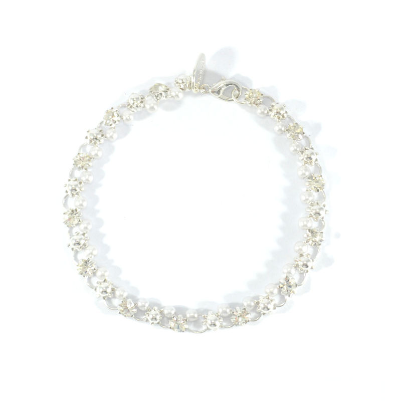 PEARL AND FLOWER CRYSTAL BRACELET - product image