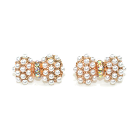 PEARL,AND,CRYSTAL,EARRINGS