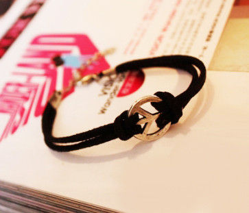 PEACE SIGN BRACELET - product image