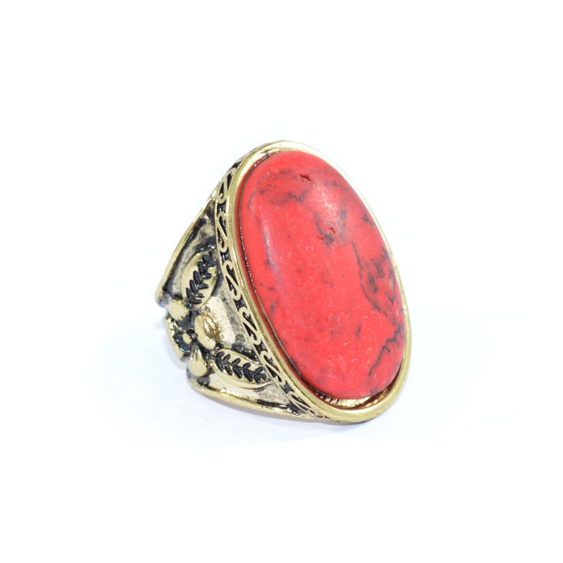 PATTERN EDGE WITH OVAL STONE RING - product image