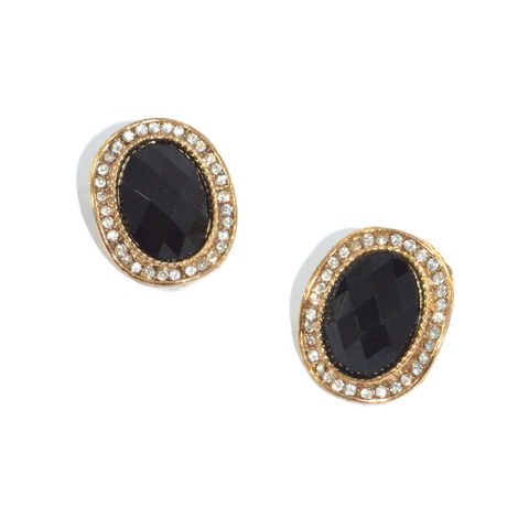 OVAL,SHAPED,CRYSTAL,EARRINGS