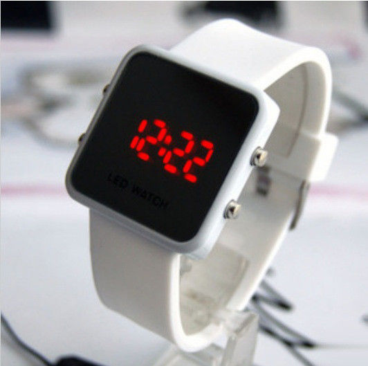 MINIMAL STYLE DIGITAL WATCH - product image