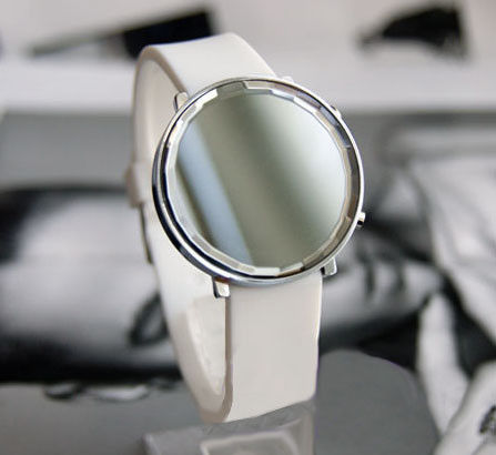MINIMAL ROUND WATCH - WHITE - product image