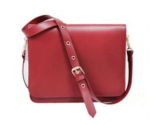 MINIMAL RED SHOULDER BAG - product image
