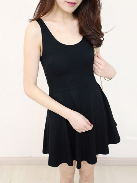 MINIMAL BLACK DRESS - product image