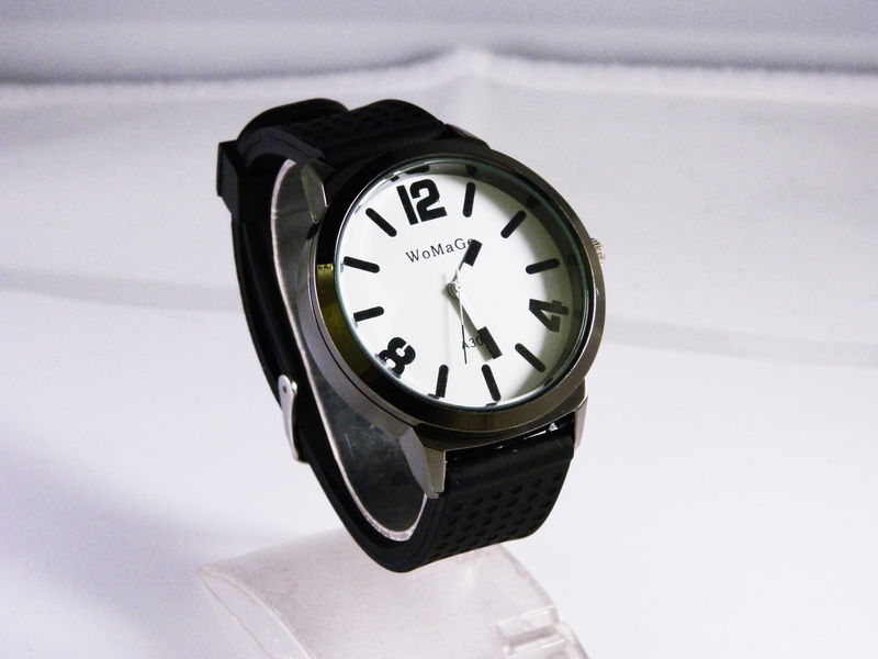 MILITARY SILICON STRAP WATCH - product image