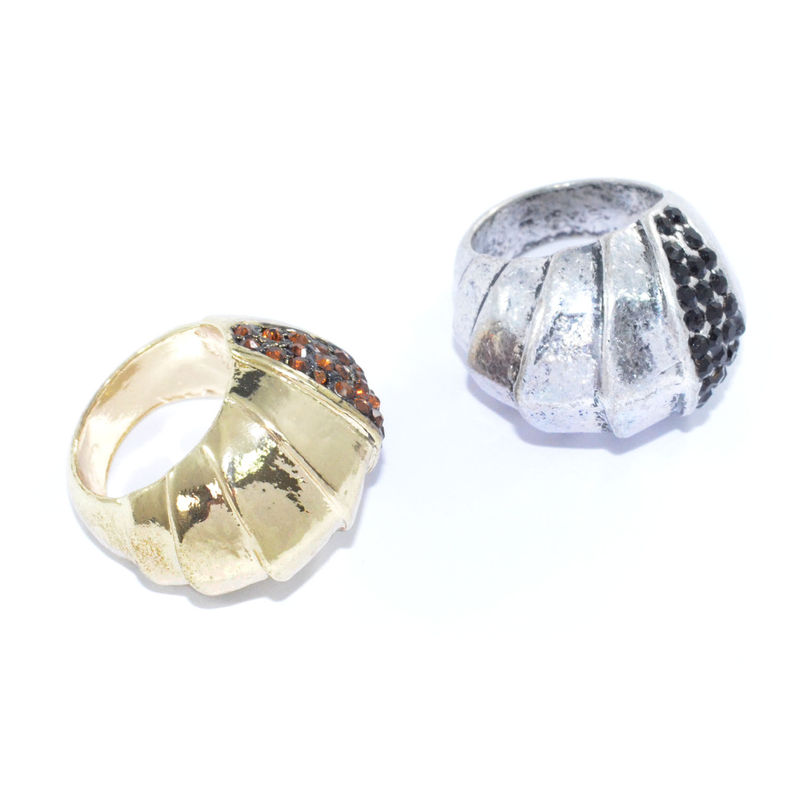 METALLIC LAYER WITH CRYSTAL DECOR RING - product image