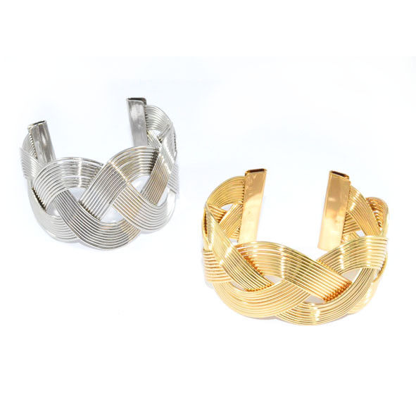 METAL TONE TWISTED STRAPS BANGLE - product image