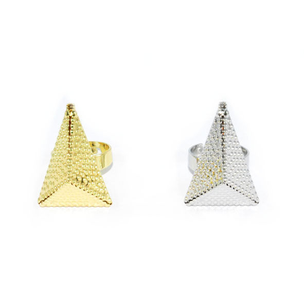 METAL TONE PYRAMID RING - product image