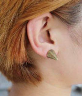 LARGE SPIKE EAR STUD - product image