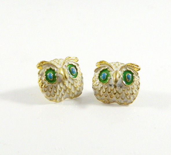 WHITE OWL EARRING - product image