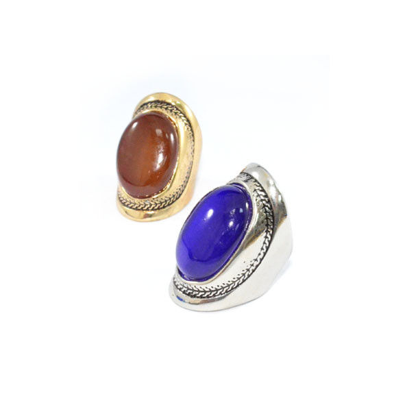 VINTAGE STYLE PATTERN WITH GEM RING - product image