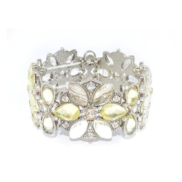 VINTAGE STYLE FLOWERS WITH CRYSTALS ELASTIC BANGLE - product image