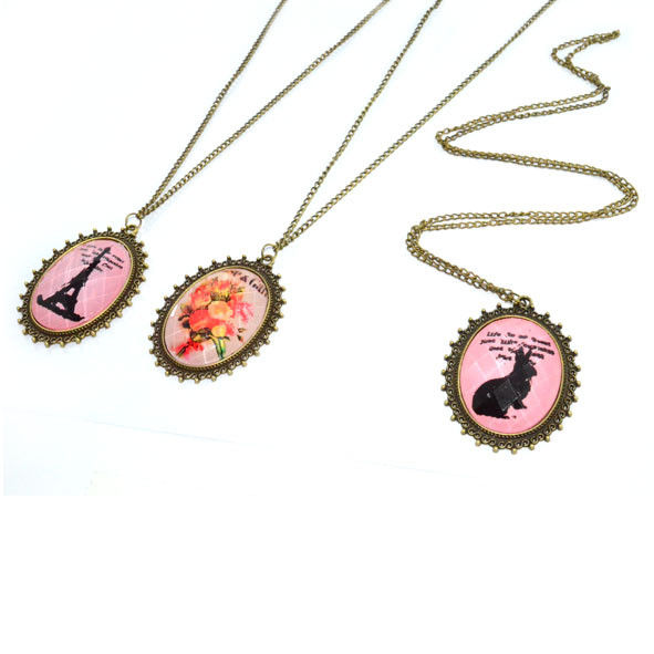 VINTAGE PENDANT NECKLACE - product image