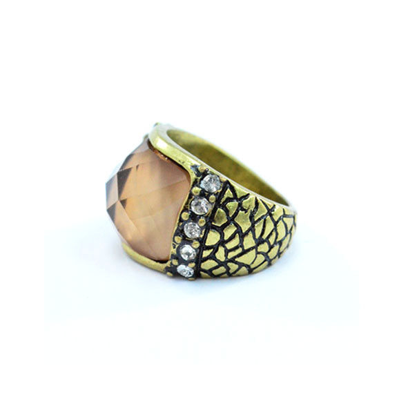 VINTAGE GOLD PATTERN WITH CRYSTALS RING - product image