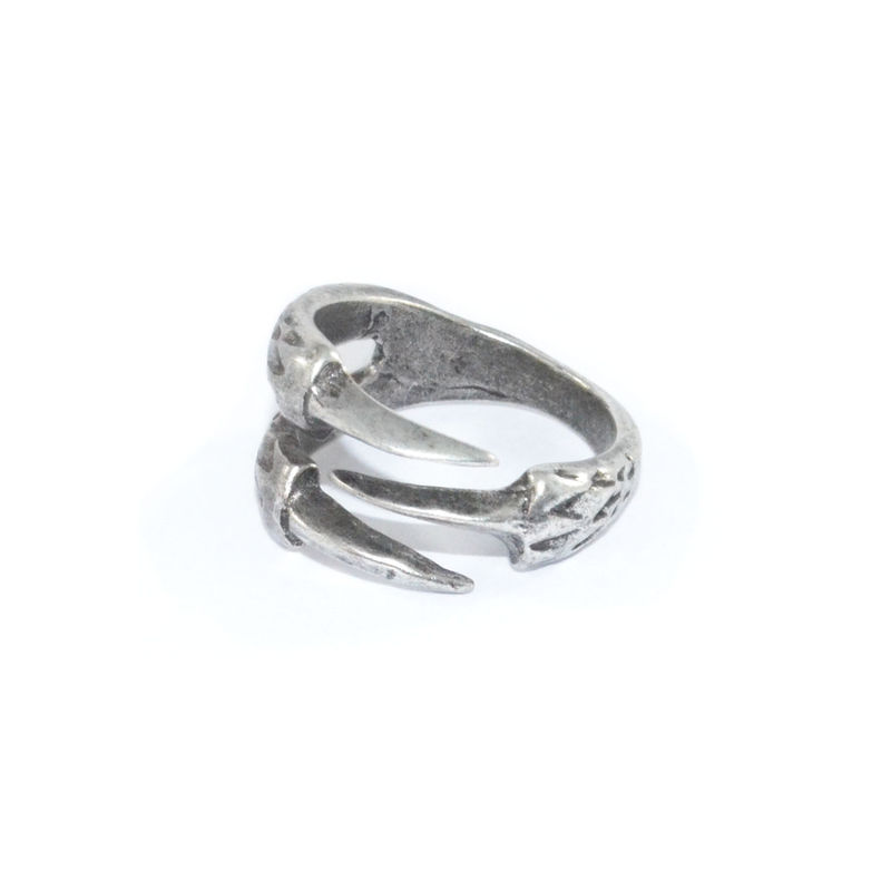 VINTAGE ANIMAL CLAW RING - product image