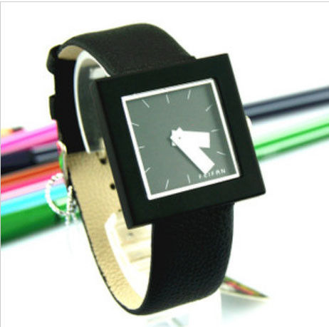 SQUARE WATCH - product image