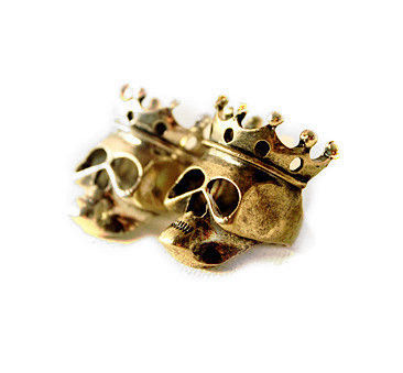 SKULL,WITH,CROWN,RING,CROWN AND SKULL RING, VINTAGE CROWN SKULL RING